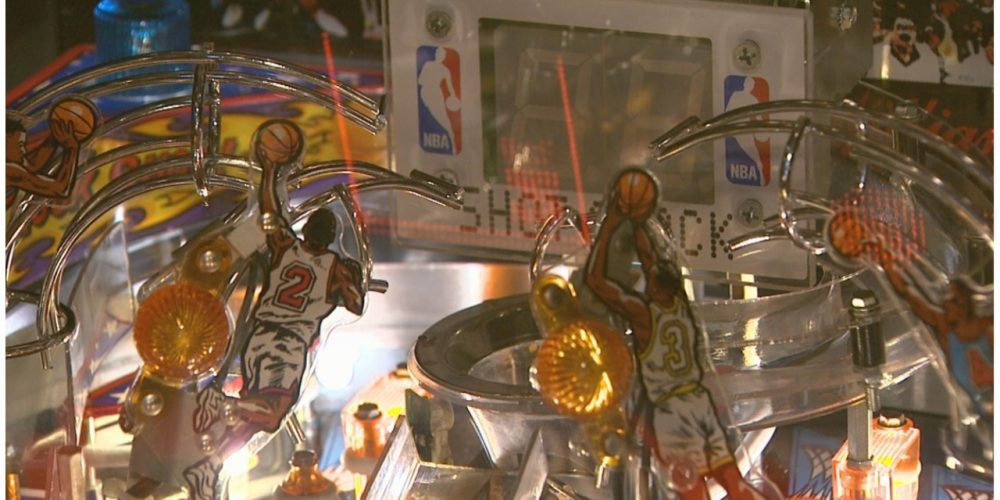 Photo of NBA Fastbreak Pinball Machine