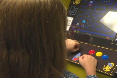Local cancer survivor gives back through love of pinball | wtsp.com