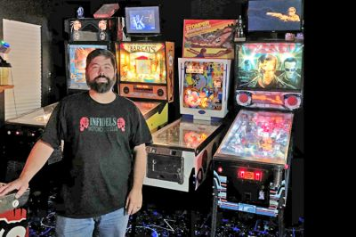 Pinball wizard Scott Schreiber fulfills kid's dream in Bealeton home