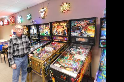 Pinball hobby blooms into a business | News, Sports, Jobs - The Journal